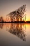 Simetría en el río imagen de archivo libre de regalías