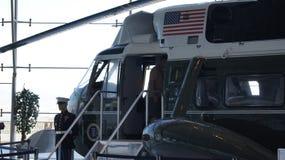 SIMI dolina, KALIFORNIA STANY ZJEDNOCZONE, OCT, - 9, 2014: Air Force One Boeing 707 i żołnierz piechoty morskiej 1 na pokazie prz obrazy royalty free