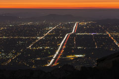 Simi Valley около ночи Лос-Анджелеса Стоковые Изображения RF