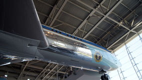SIMI VALLEY, CALIFORNIA, ESTADOS UNIDOS - 9 DE OCTUBRE DE 2014: Air Force One Boeing 707 e infante de marina 1 en la exhibición e fotos de archivo libres de regalías