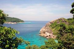 Similan wyspy grupy widoku pont z kryształem - jasna woda, Similan park narodowy, Phang-nga, Tajlandia Obraz Royalty Free
