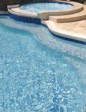 simning för 5 pöl Arkivbilder
