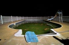 simning för smutsig pöl Royaltyfri Bild