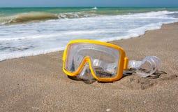 simning för strandmaskeringshav Arkivbild