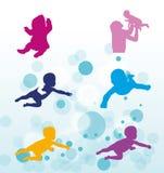Simningsmå barn Royaltyfria Bilder