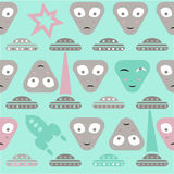 Simple aliens and UFO in vintage style, vector seamless pattern Royalty Free Stock Photography