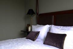 Simple et pratique de la chambre à coucher Image libre de droits