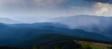 The simple layers of the Smokies at sunset mountain Royalty Free Stock Photos