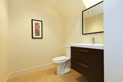 Simple new modern bathroom. Royalty Free Stock Photography