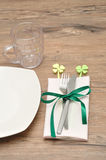 A simple table setting for St Patrick& x27;s day Stock Photography
