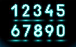 Simplement ensemble de nombres au néon rougeoyants pour la conception sur le fond noir et foncé Objet fluorescent de Web, lampe M illustration libre de droits