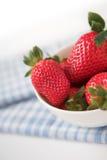 Simplement fraises Images libres de droits