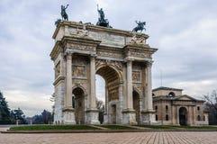 Simplon门在米兰,意大利 免版税库存照片