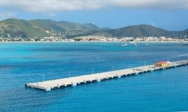 Simpson fjärd och stor fjärd - Philipsburg Sint Maarten - karibisk tropisk ö fotografering för bildbyråer