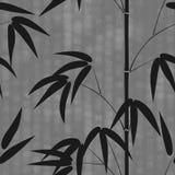 Simsen nahtloses Muster gezeichneter Bambus der japanischen Art auf einem Hintergrund mit Hieroglyphen Vektorillustration Stockbilder