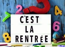 Simsen Sie cest La rentree, zurück zu Schule auf französisch Lizenzfreie Stockfotografie
