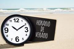 Simsen Sie Horario de Verano, Sommerzeit auf spanisch lizenzfreies stockbild