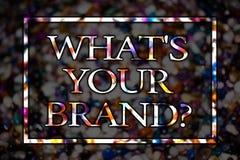 Simsen Sie Zeichenvertretung, welches S Ihre Marken-Frage Begriffsfoto, das nach Slogan- oder Logo Werbungs-Marketing-Ansichtkart lizenzfreie stockfotos