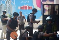 Simulação da segurança da bomba na coroa semarang do hotel Fotografia de Stock Royalty Free