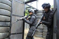 Simulación en funcionamiento militar indonesia Imagenes de archivo