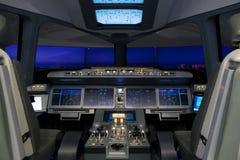Simulador de voo do avião de passageiros de Irkut MC-21 do russo Foto de Stock