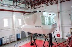 Simulatoren in der kanadischen Luftfahrt-Elektronik von Air Asia in Kuala Lumpur stockfotos
