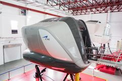 Simulatoren in der kanadischen Luftfahrt-Elektronik von Air Asia in Kuala Lumpur lizenzfreie stockfotos