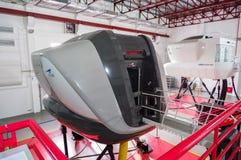 Simulatoren in der kanadischen Luftfahrt-Elektronik von Air Asia in Kuala Lumpur stockbilder