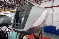 Simulatoren in der kanadischen Luftfahrt-Elektronik von Air Asia in Kuala Lumpur stockfotografie