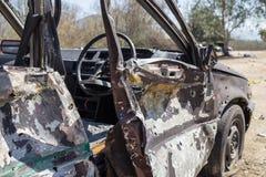 Simulierter ruinierter Autobeweis von der Bombe in Strafverfolgung trai stockbild