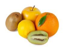 Sinaasappel, appel, citroen en kiwi Stock Afbeeldingen