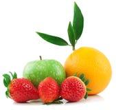 Sinaasappel, appel, en aardbei Stock Fotografie