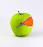 Sinaasappel binnen Apple Royalty-vrije Stock Afbeelding