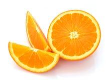 Sinaasappel die op witte achtergrond wordt geïsoleerds Royalty-vrije Stock Foto