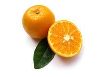 Sinaasappel-geïsoleerde. 2 stock foto's