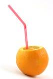 Sinaasappel met stro Royalty-vrije Stock Afbeeldingen