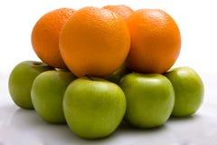 Sinaasappelen en appelen Royalty-vrije Stock Afbeelding
