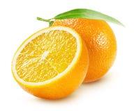 Sinaasappelen op de witte achtergrond worden geïsoleerd die royalty-vrije stock afbeelding