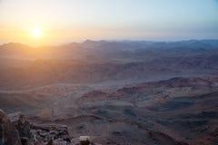 Sinai-Berge an der Dämmerung Stockfotos