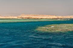 Sinai bergen en schilderachtige landschappen van het rode overzees in Egypte Rondvaart op het rode overzees royalty-vrije stock foto