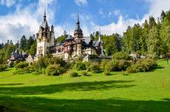 SINAIA, Rumänien - königliches Schloss Peles stockbild