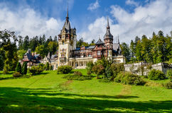 SINAIA, Rumänien - königliches Schloss Peles lizenzfreie stockfotografie