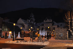 Sinaia, 27-stad Roemenië-December licht in een nacht van de winter Royalty-vrije Stock Foto