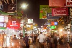 Sinais ao longo da estrada de Khao San Imagens de Stock