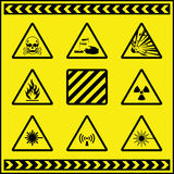 Sinais de aviso 5 do perigo Imagens de Stock Royalty Free