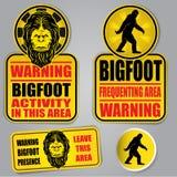 Sinais de aviso de Bigfoot ilustração royalty free