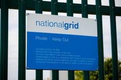 Sinais de aviso perto da ilha da central elétrica da grão Fotografia de Stock Royalty Free
