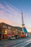 Sinais de néon em mais baixo Broadway Nashville Foto de Stock