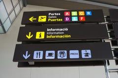 Sinais do aeroporto Fotos de Stock