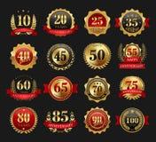 Sinais dourados do aniversário ajustados imagem de stock royalty free
